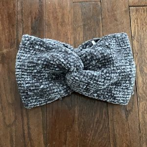 H&M Divided Headband Ear Warmer in Gray